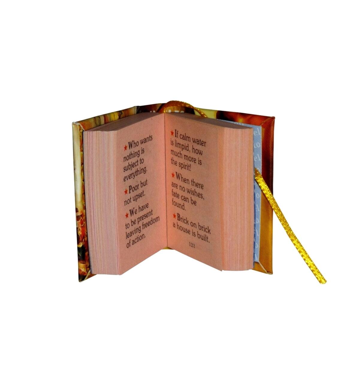 aphorisms_1-miniature-book-libro
